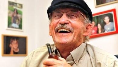 Photo of פרופ' משולם בדק: איך משפיע קנאביס על בני 65+