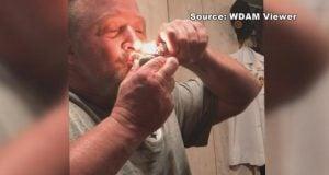שוטר מעשן מריחואנה