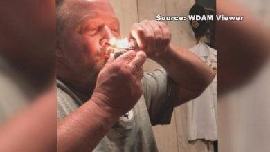 Photo of מפקד משטרה הודח לאחר שנחשף סרטון בו הוא מעשן מריחואנה