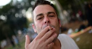 Smoking Joint Israel (Photo: Tomer Neuberg, Flash 90)