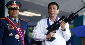 President of the Philippines Duarte with Israeli arms and roll
