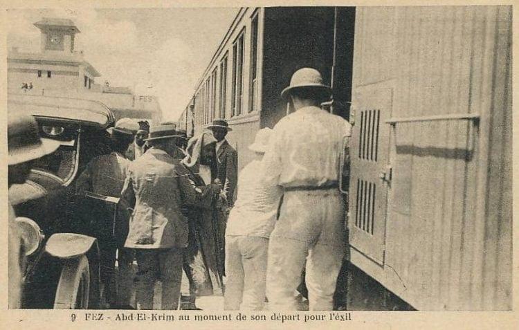 על רכבת בדרך למדגסקר: אל ח'טאבי. 1926, פס, מרוקו