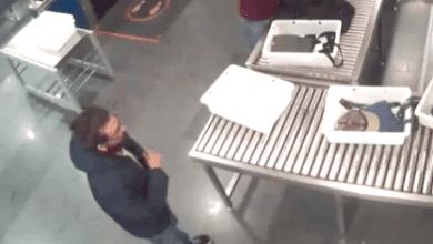 Photo of דלף סרטון האבטחה: כך נמלט עמוס סילבר משדה התעופה