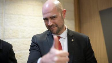 "Photo of שר המשפטים בראיון בלעדי: אתמוך בבג""ץ הלגליזציה"